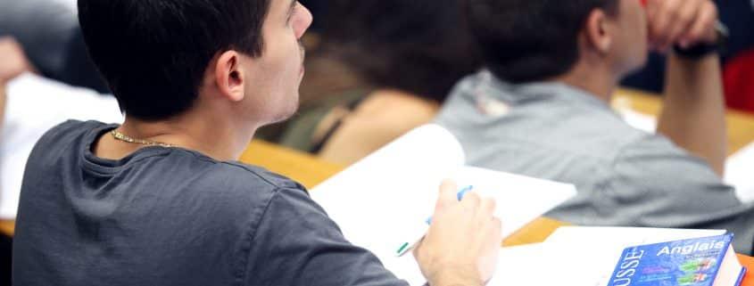 Cours d'anglais en amphi